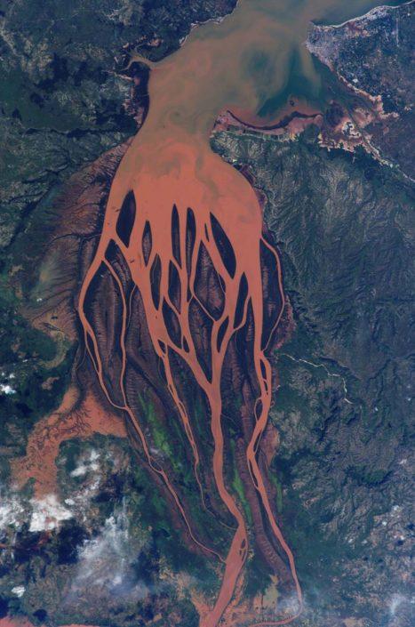 Inspiration from Betsiboka River seen here (2002) entering the Bombetoka Bay, creating a delta. Image by NASA [Public domain], via Wikimedia Commons. https://commons.wikimedia.org/wiki/File%3ABetsiboka_estuary.jpg