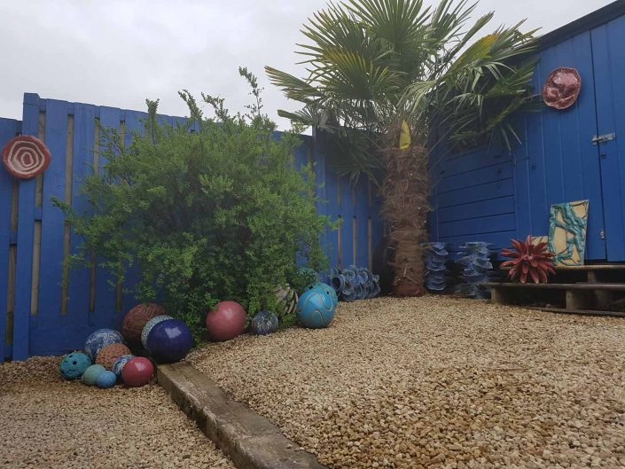 Repainted the garden this weekend, bringing it back to its former blue glory! Btw this photo makes the garden seem big, which it isn't! Just goes to show how the camera lies 😊 It's more courtyard size really. #michellemaher #ceramicforms #mygarden #gardenart #ceramics #ceramicart #cuprinol #cuprinolshades #blue #barleywood