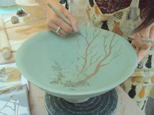 Hand built bowl with Sgraffito surface decoration at Dublin based ceramic course. Later electric fired to 1260°C (Cone 8). www.ceramicforms.com